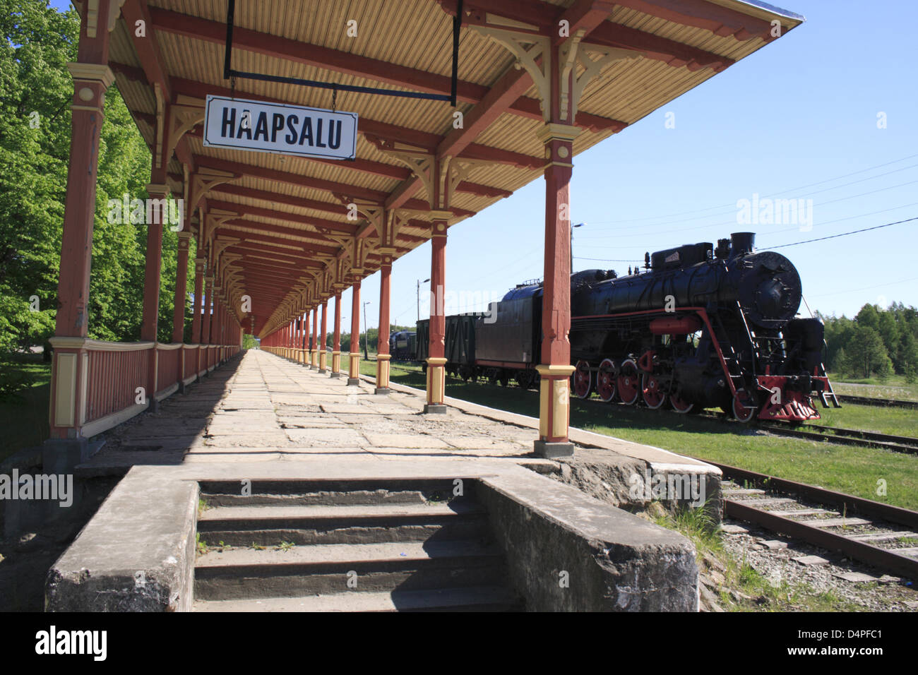 The picture shows a steam engine at the historic train station in Haapsalu, Estonia, June 2009. Photo: Willy Matheisl - Stock Image