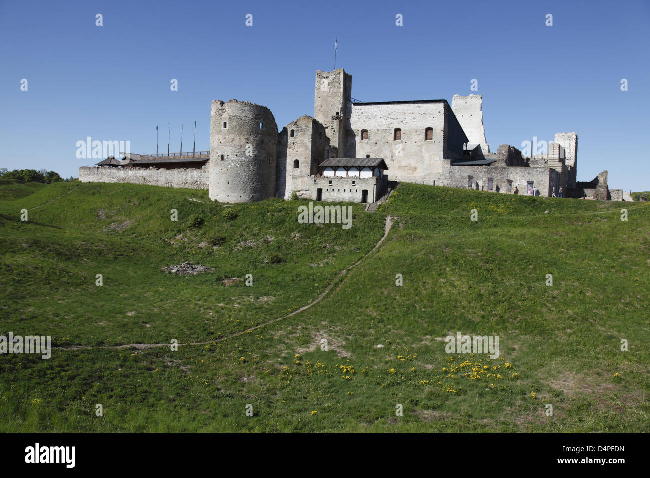 The ruin of the medieval Wesenberg stronghold pictured in Rakvere, Estonia, June 2009. Photo: Willy Matheisl Stock Photo