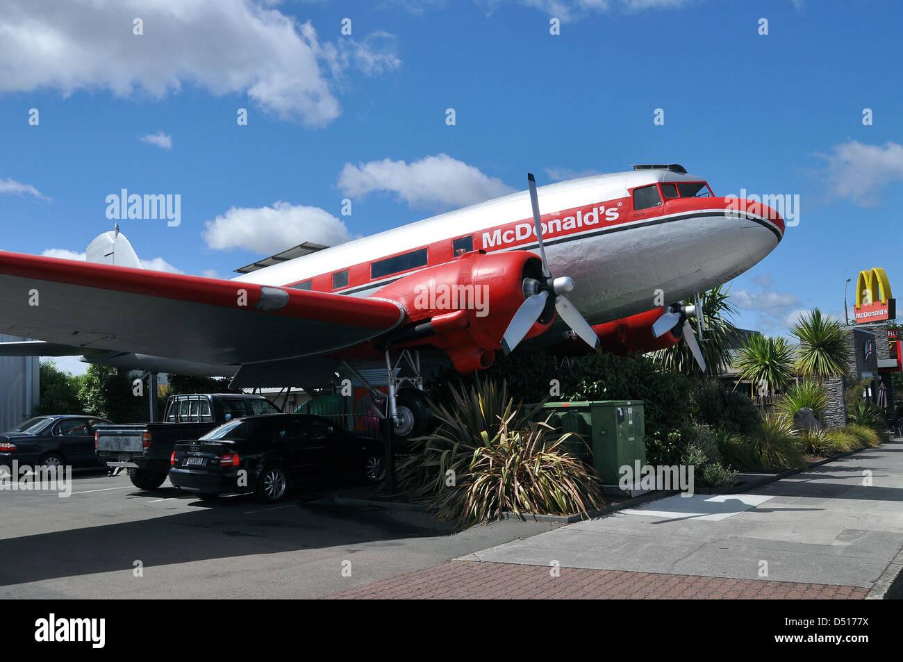 mcdonalds-plane-a-douglas-dc-3-dakota-converted-for-use-as-part-of-D5177X.jpg