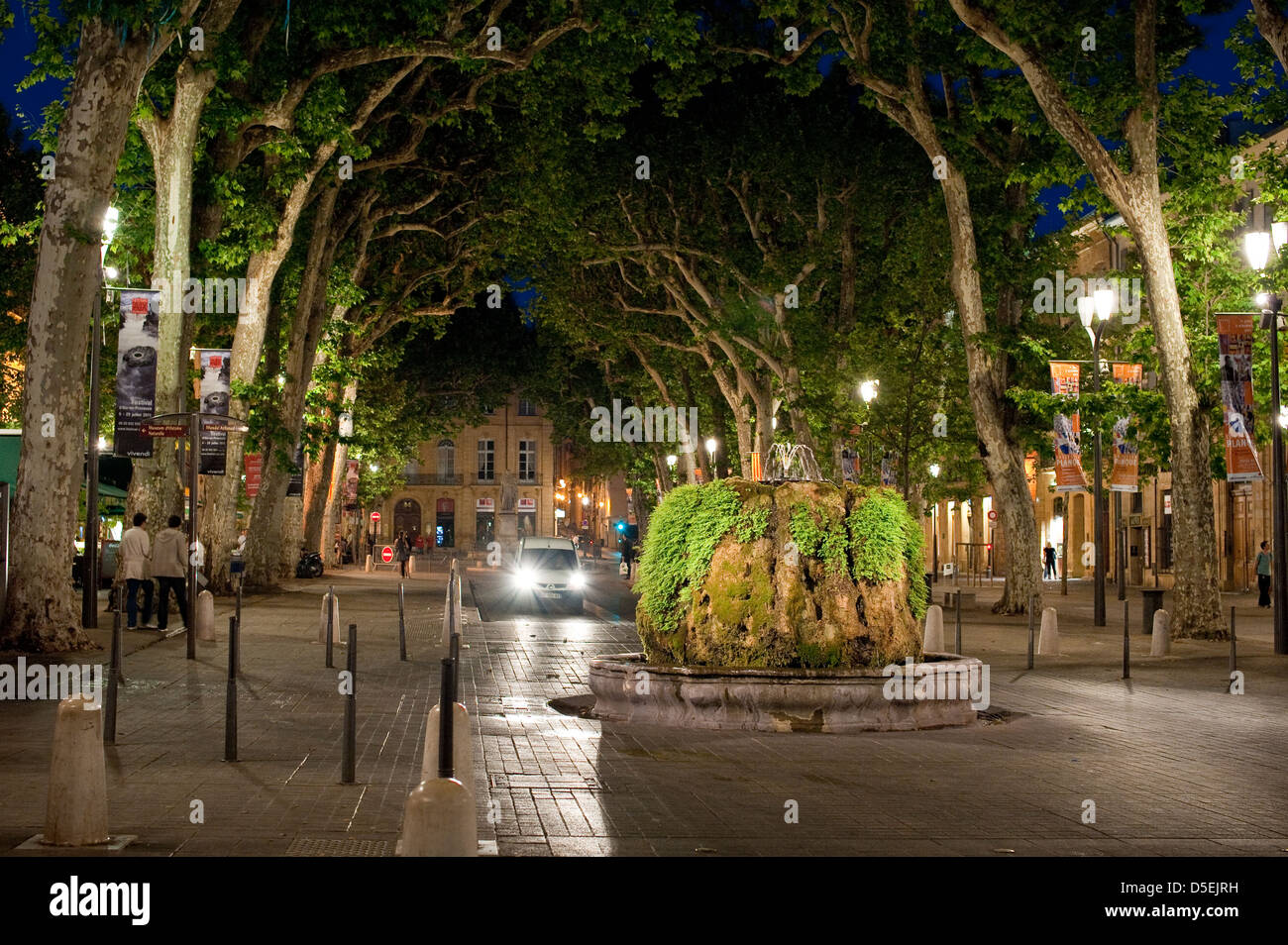 The Cours Mirabeau at night , Aix-en-Provence, France. - Stock Image