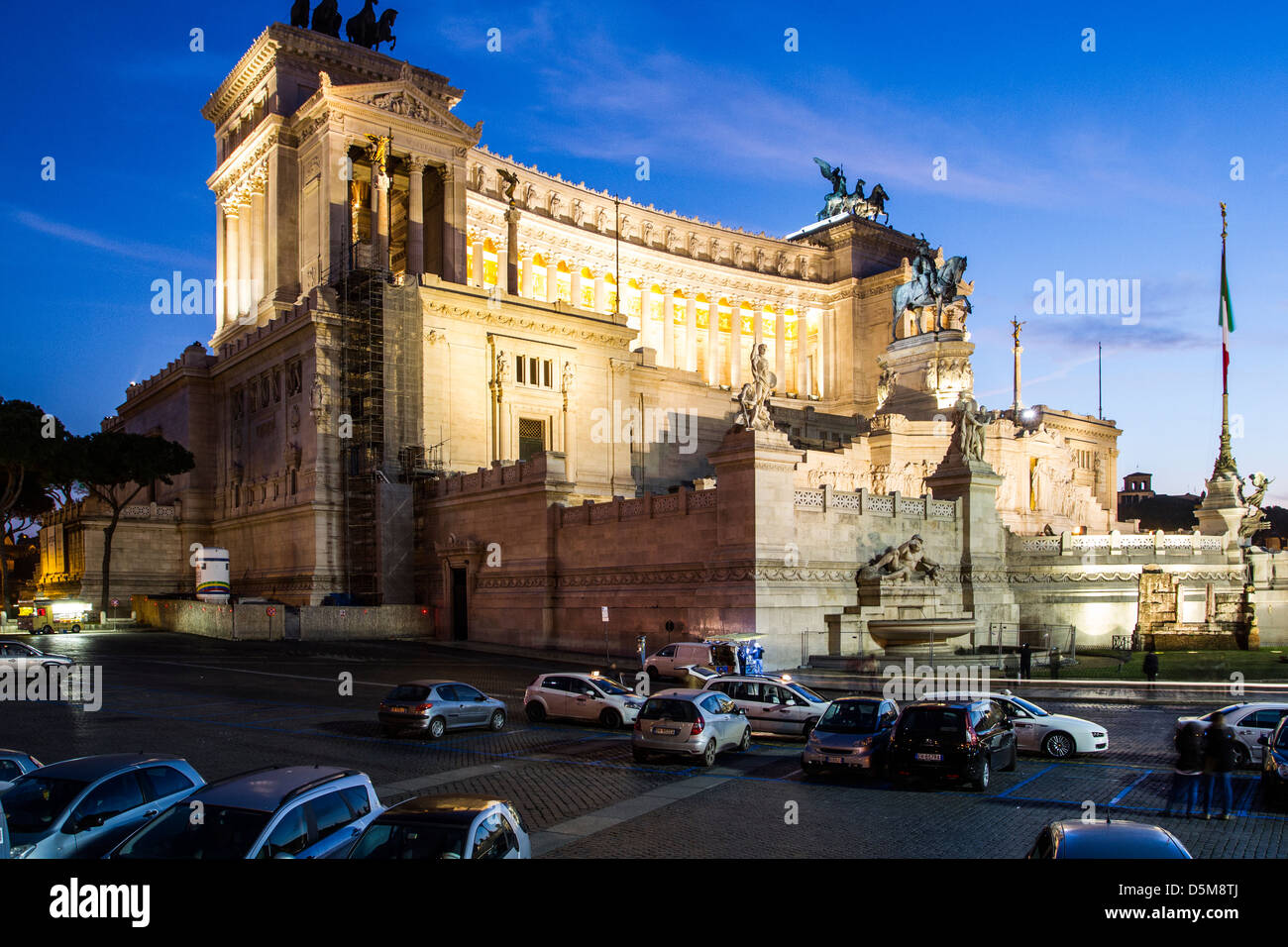 Monumento Nazionale a Vittorio Emanuele II (National Monument to Victor Emmanuel II) at evening. - Stock Image