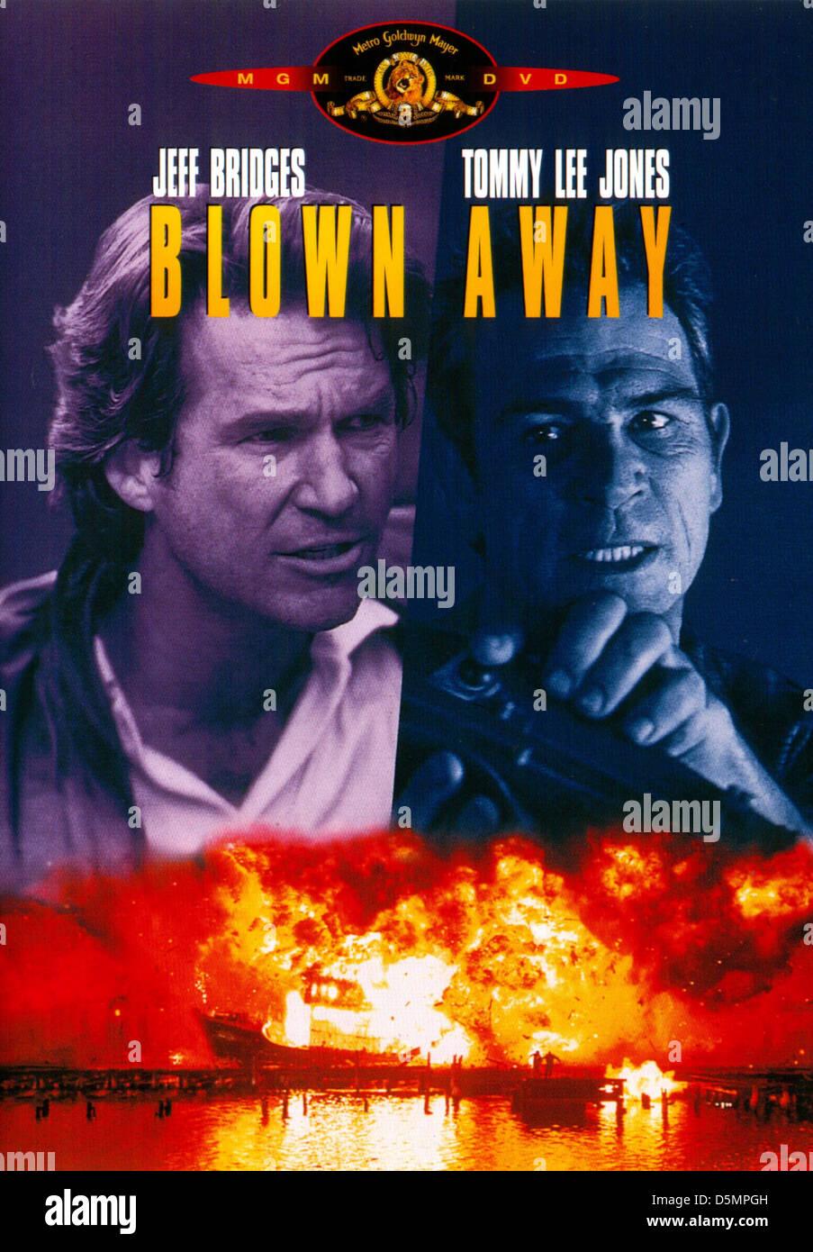 JEFF BRIDGES & TOMMY LEE JONES BLOWN AWAY (1994) Stock Photo