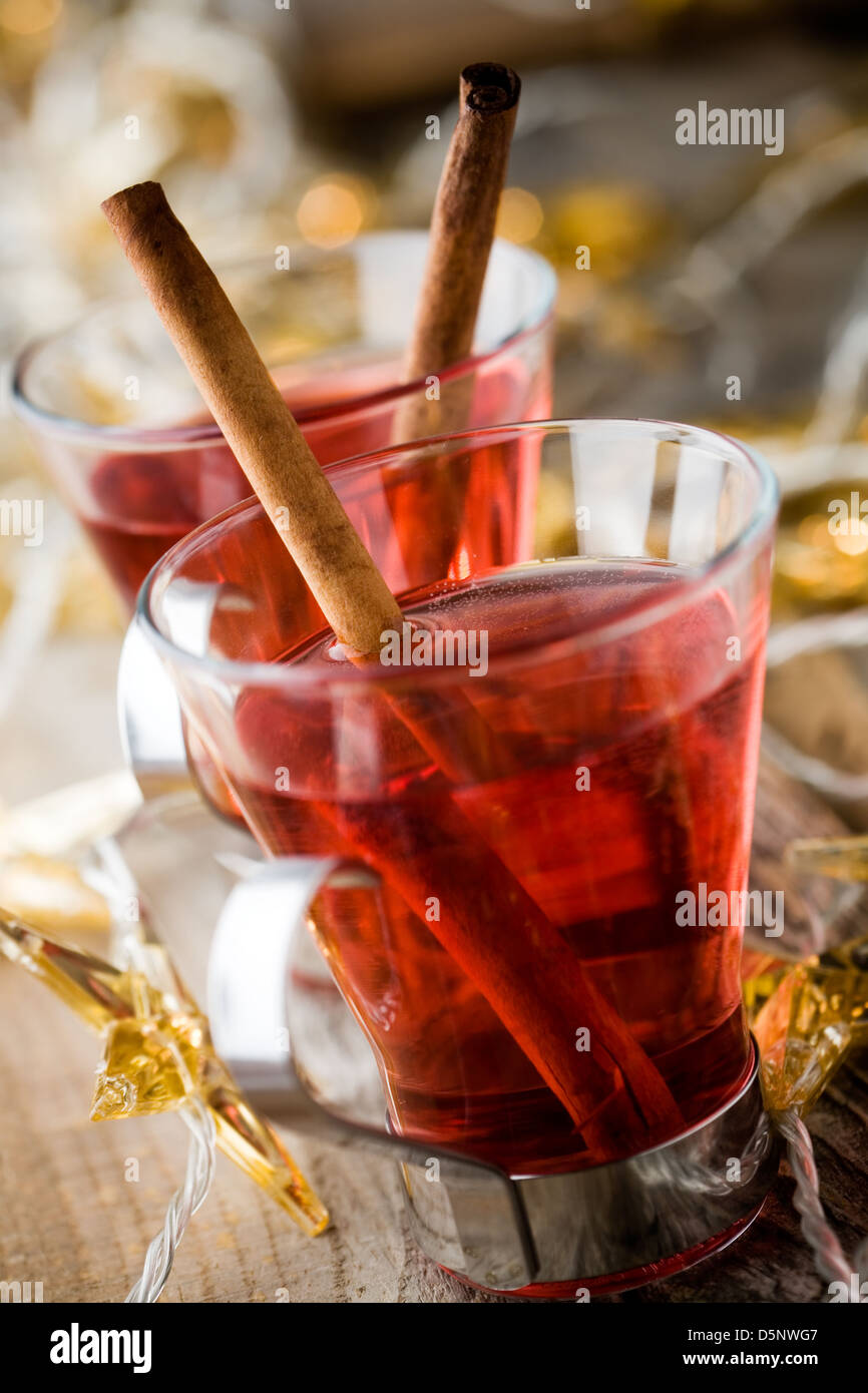 Hot christmas drink glogg with cinnamon sticks - Stock Image