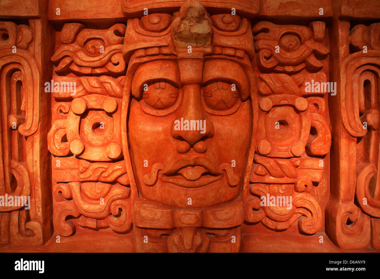 face-of-mayan-ruler-replica-of-temple-of
