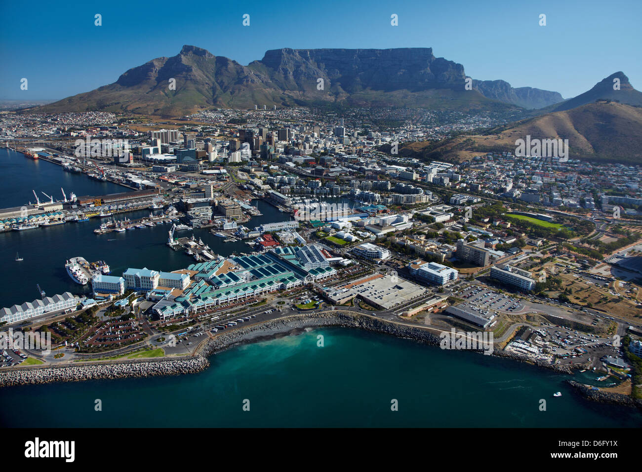 The Table Bay Hotel V A Waterfront CBD And Table Mountain Cape - Table mountain hotel cape town