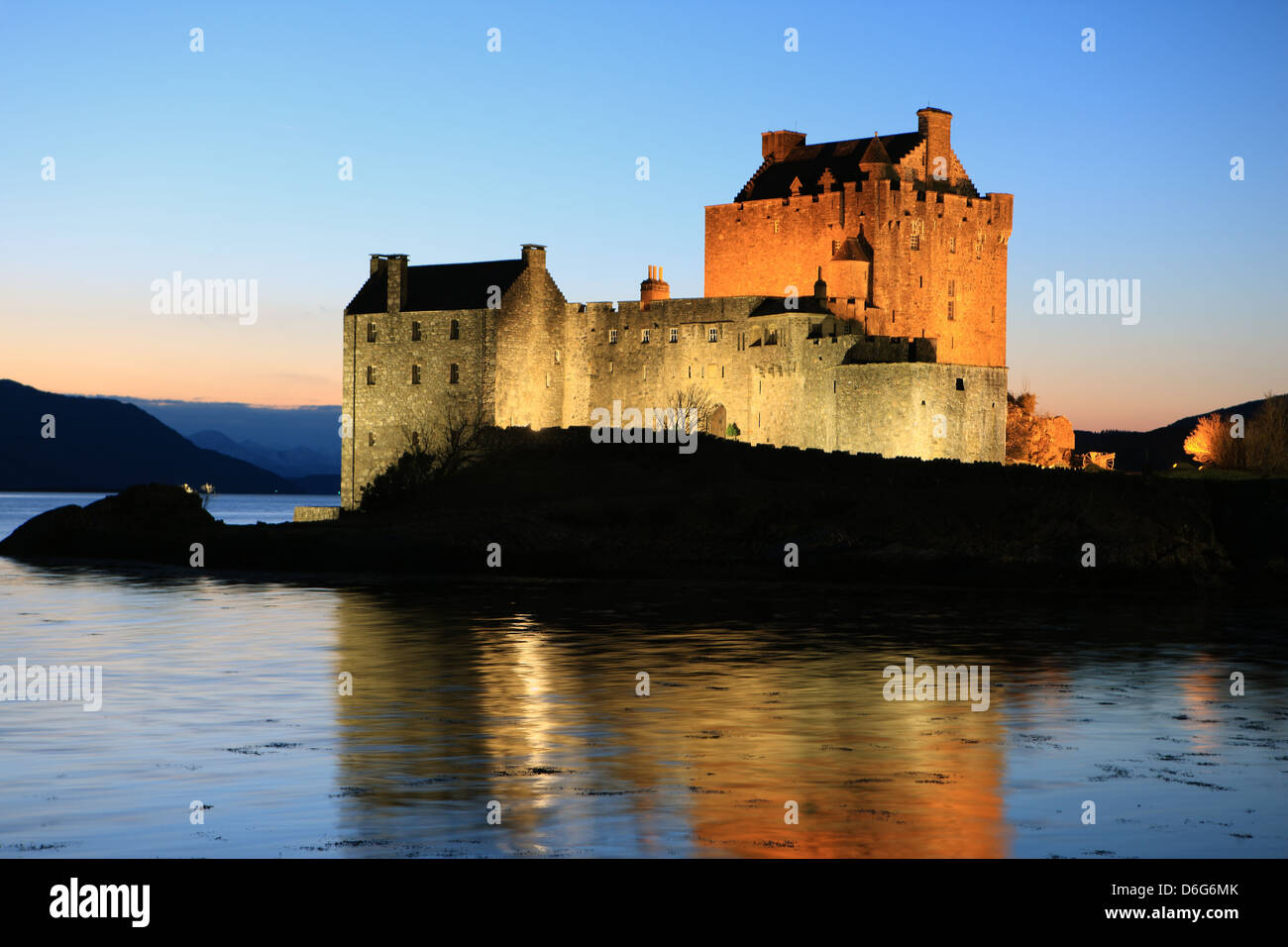 eilean-donan-castle-on-loch-duich-in-the