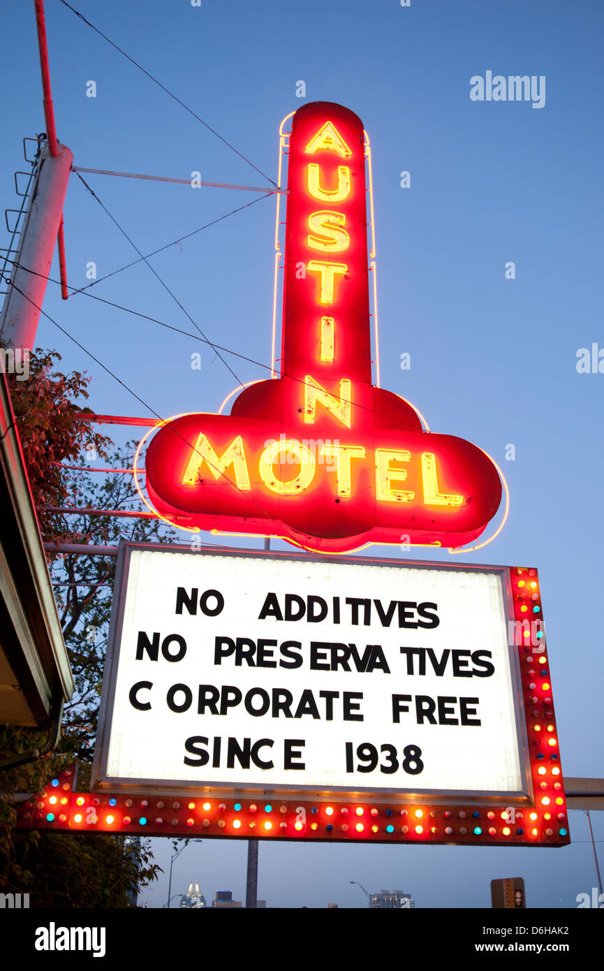USA Texas TX Austin State Capital South Congress Ave Avenue - Neon motel sign Stock Photo