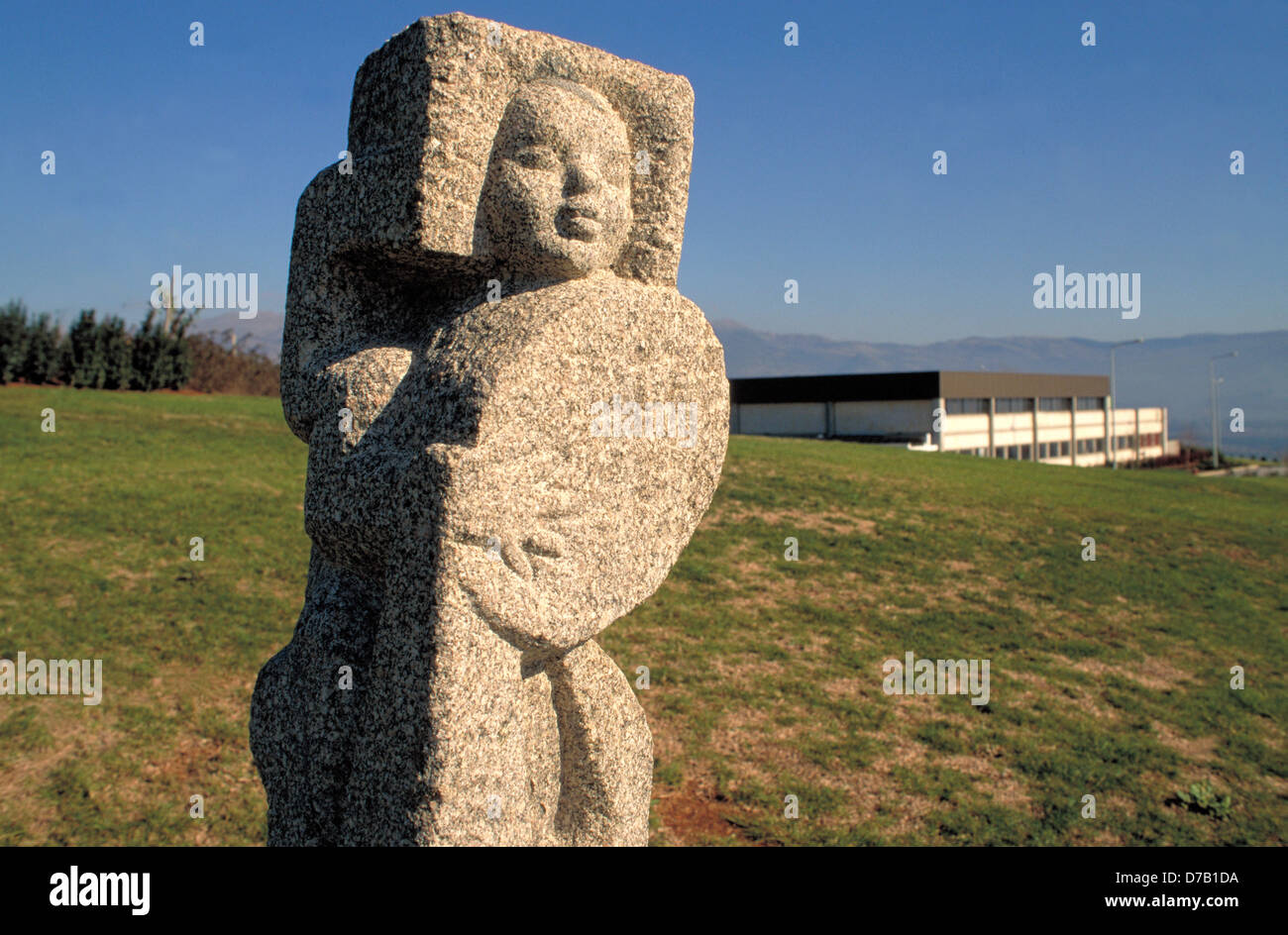 Sculpture in an idustrial park - Stock Image