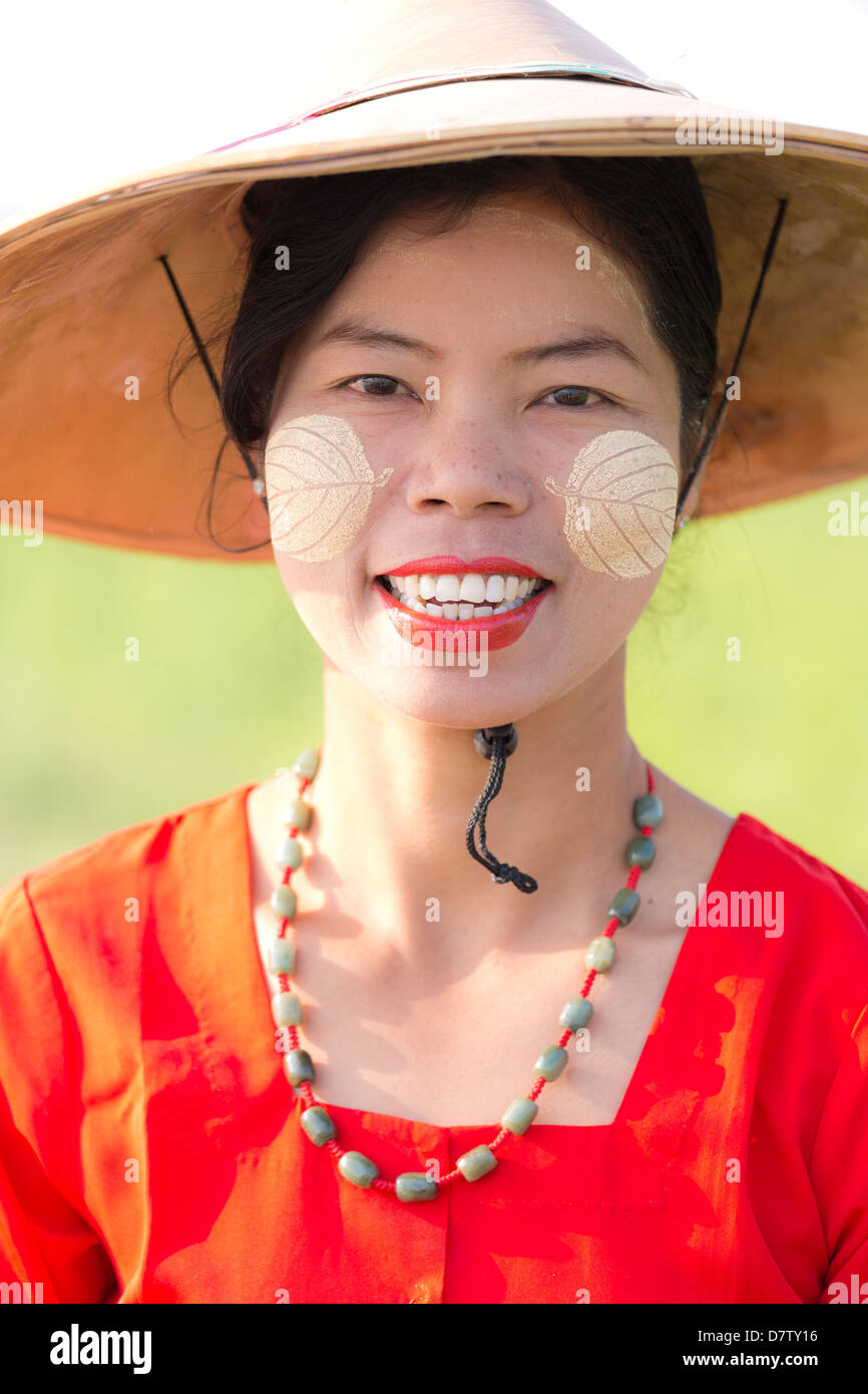 Portrait of local woman wearing traditional clothing, near Mandalay, Burma - Stock Image