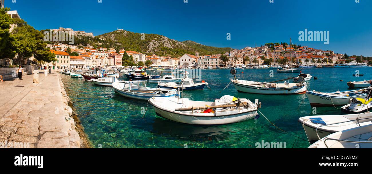 Hvar harbour, the Spanish Fortress and Hvar town centre, Hvar Island, Dalmatian Coast, Adriatic, Croatia - Stock Image