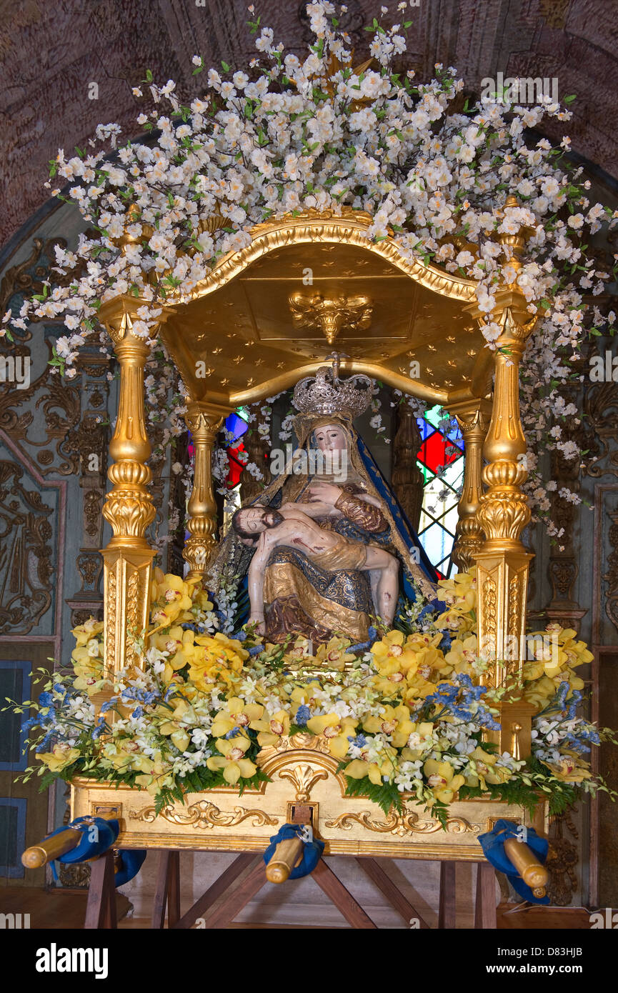 Mãe Soberana (the Sovereign Mother) statute is the centre of Easter Celebrations Loulé Algarve Portugal - Stock Image