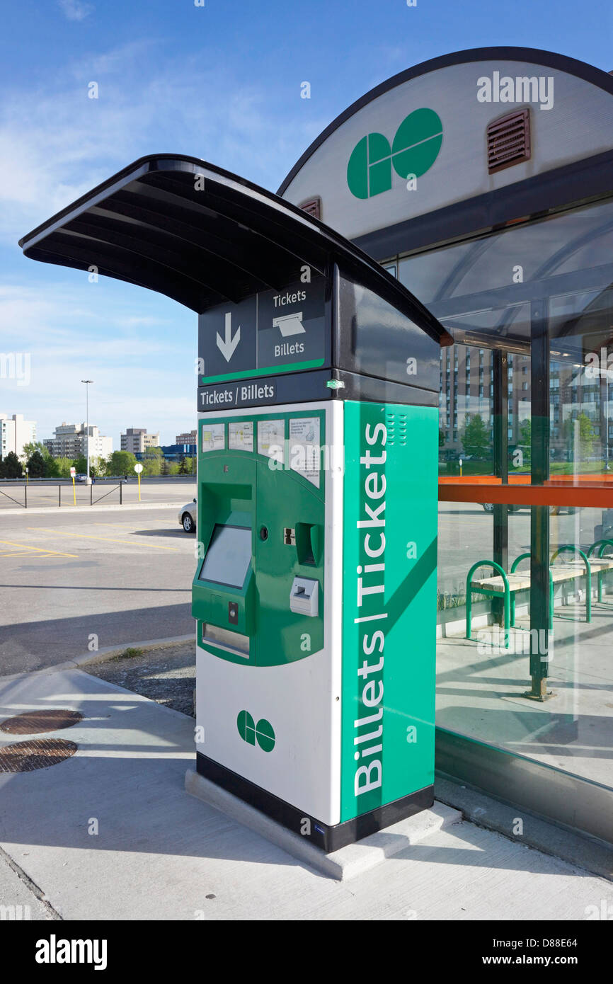Go Transit Ticket Sales, Ticket Vending Machine - Stock Image