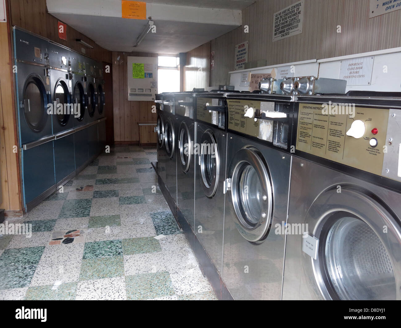 washing,drying,dryers,machine,dolly,tub,dollytub,the,old,service,washes,threatened,treatened,under,threat,undertreat,tradition,high,st,street,closed,closing,disappearing,disappear,Warrington,Grappenhall,Penketh,shops,parade,of,dry,clean,centre,coin,op,coinop,coin-op,in,the,slot,gotonysmith,coin,operated,Bendix,Whirlpool,Kenmore,Miele,Bosch,AEG,Hotpoint,Ariston,Beko,Creda,Dyson,Electrolux,&,Fisher,and,Paykel,Hoover,Hitachi,Indesit,Roper,Staber,Siemens,Zanussi,Buy Pictures of,Buy Images Of