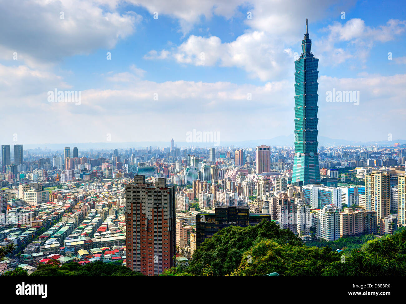 Skyline of Xinyi District in downtown Taipei, Taiwan. - Stock Image