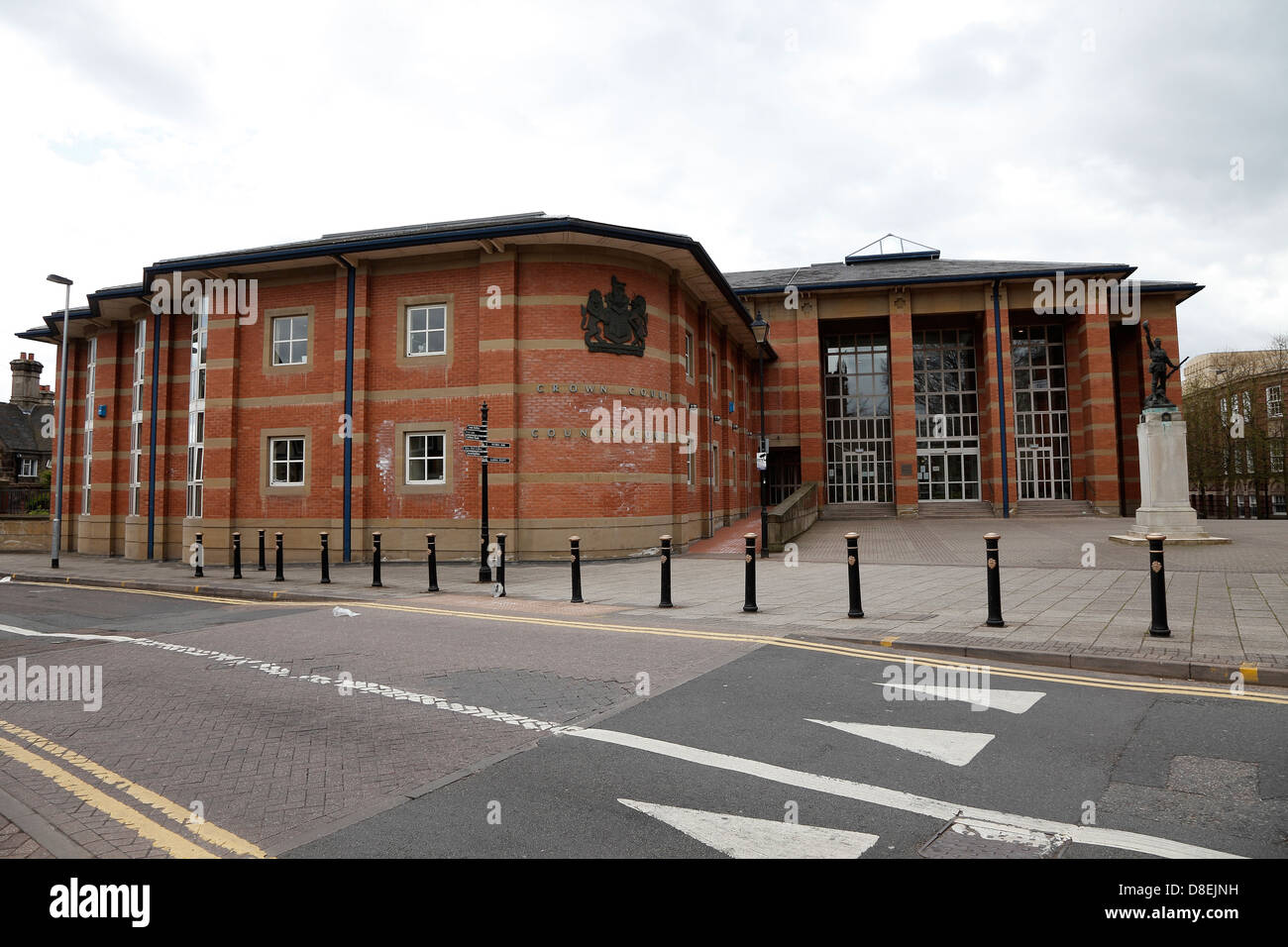 crown-and-county-court-building-earl-street-stafford-D8EJNH.jpg