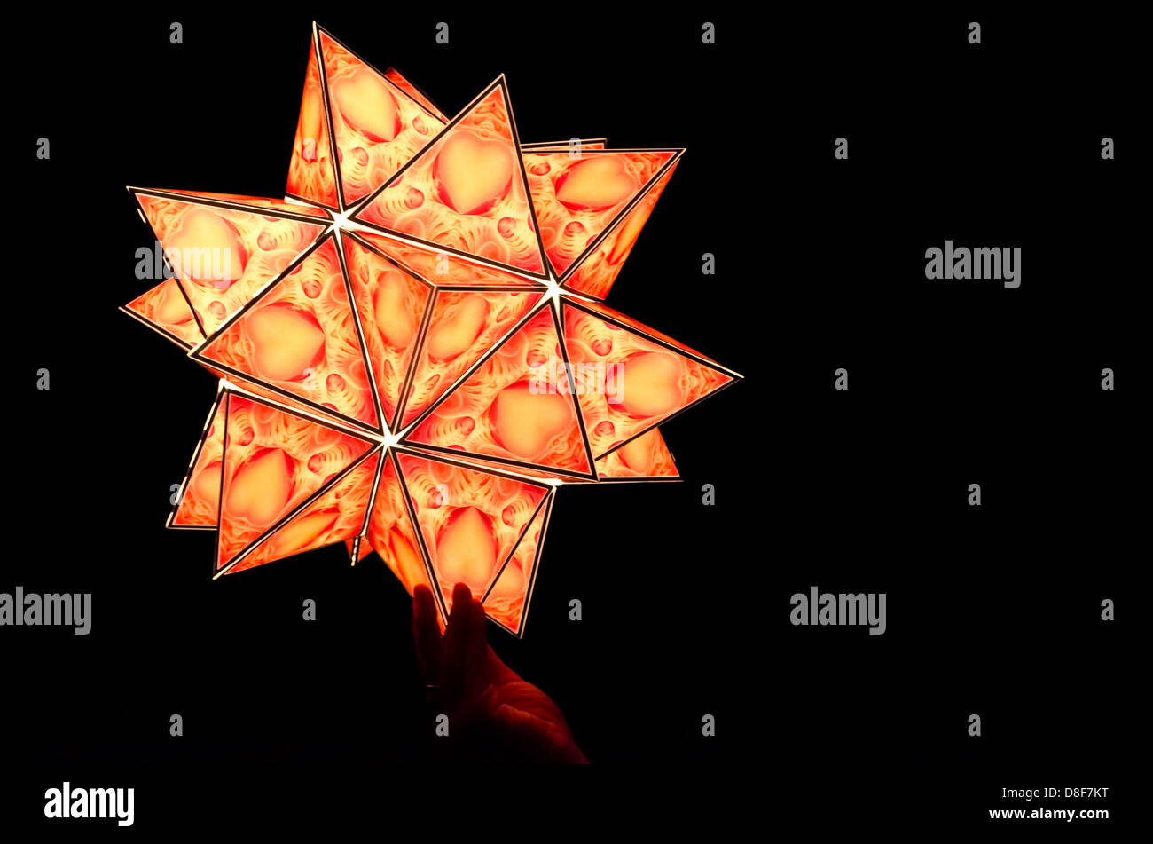 star-shaped-paper-lantern-from-a-the-illuminaires-2012-lantern-festival-D8F7KT.jpg