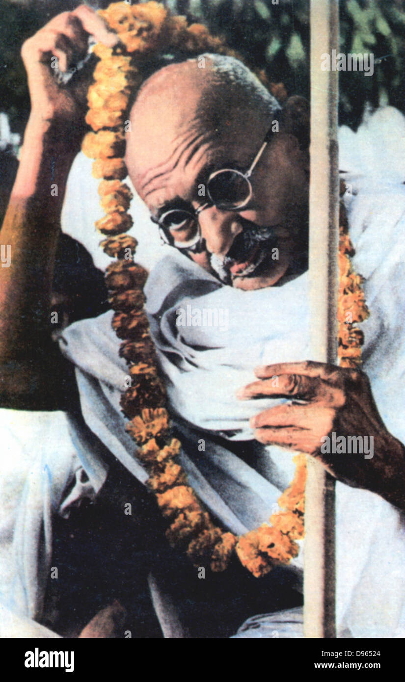 a description of mahatma gandhi a great hindu leader On march 12, 1930, indian independence leader mohandas gandhi begins a defiant march to the sea in protest of the british monopoly on salt, his boldest act of civil disobedience yet against british rule in india.