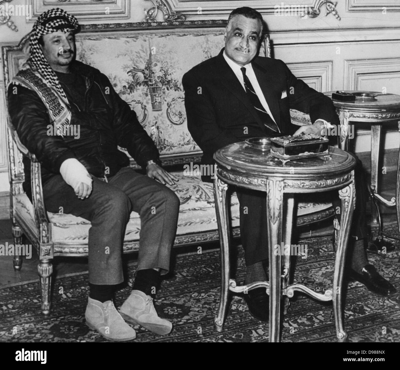 Gamal Abdul Nasser (1918-1970) President of Egypt, with Yasser Arafat (1929-2004) Chairman of the Palestine Liberation - Stock Image