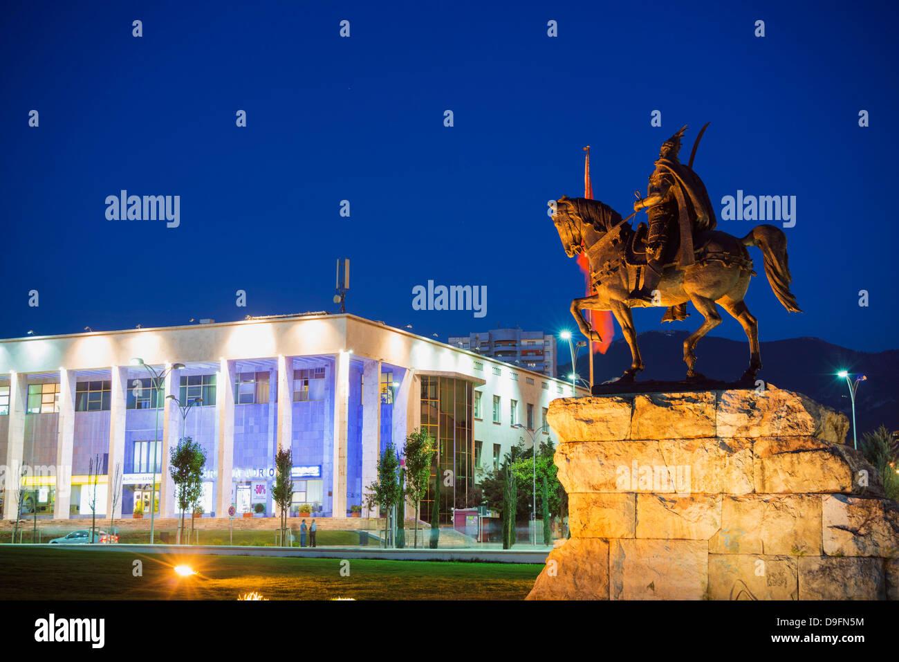 Equestrian statue of Skanderbeg, Tirana, Albania - Stock Image