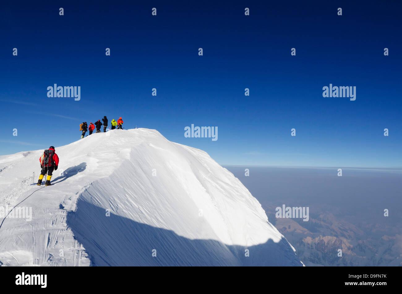 Summit ridge, climbing expedition on Mount McKinley, 6194m, Denali National Park, Alaska, USA - Stock Image