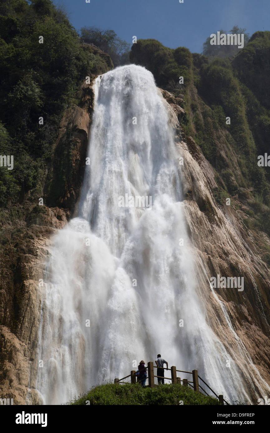 Cascada El Chiflon, Rio Vincente, Chiapas, Mexico - Stock Image