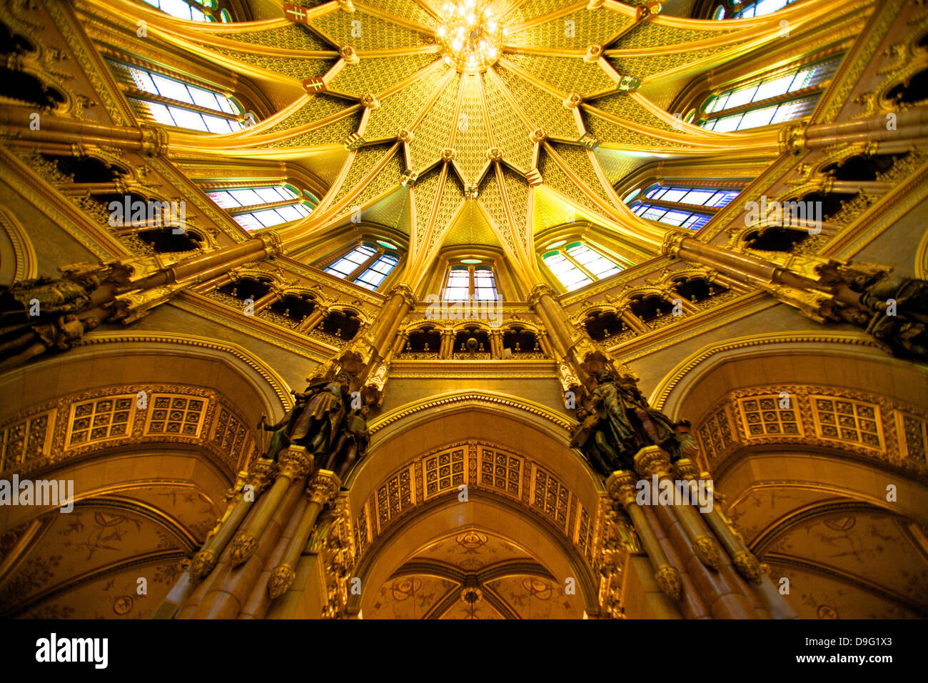 Central Hall ceiling, Hungarian Parliament Building, Budapest, Hungary - Stock Image