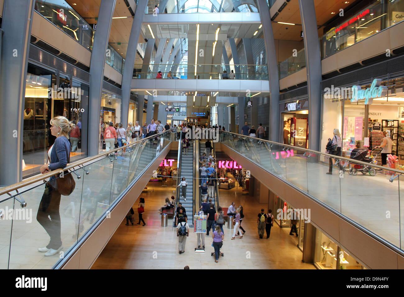 Northe Hamburg germany hamburg germany city centre city shopping centre
