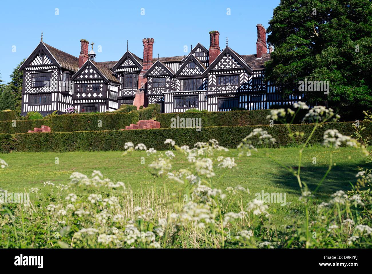 Bramhall Hall A Tudor Timber Framed Country House In Bramhall Stockport Cheshire England Stock Photo