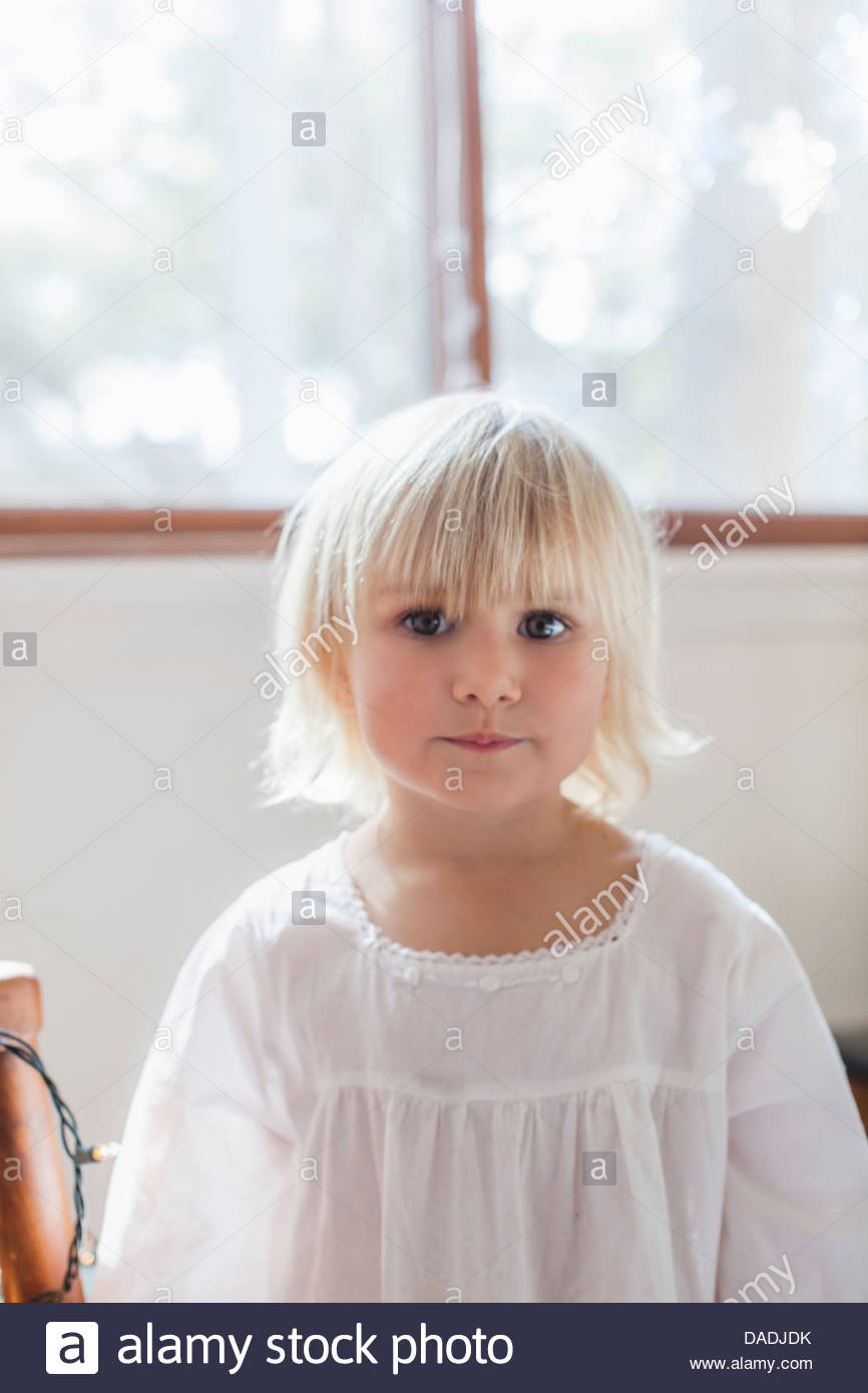 Girl looking at camera - Stock Image
