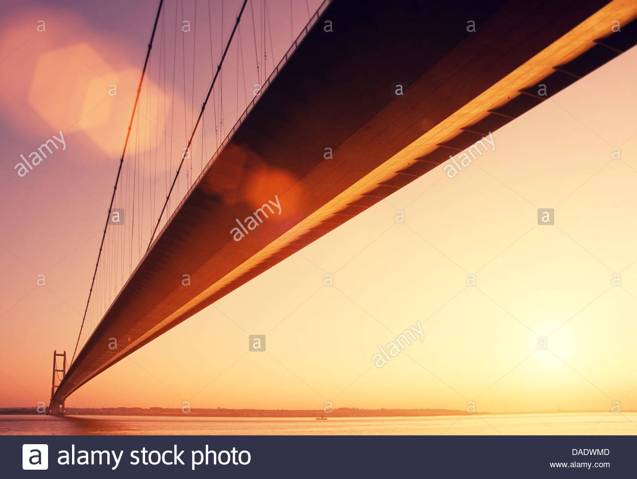 golden hour humber bridge - Stock Image