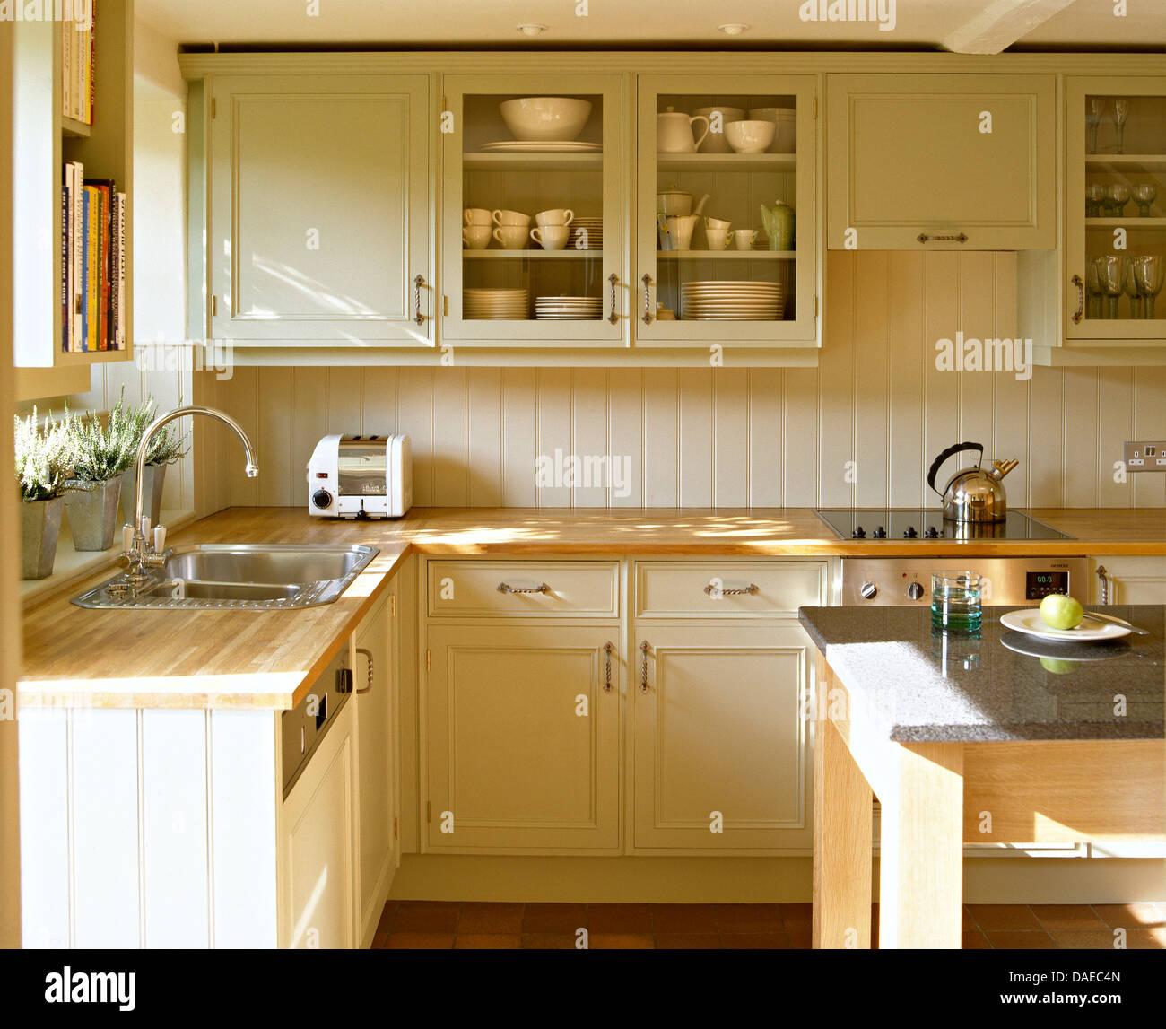 Schön Creme Shaker Küche Designs Bilder - Küche Set Ideen ...