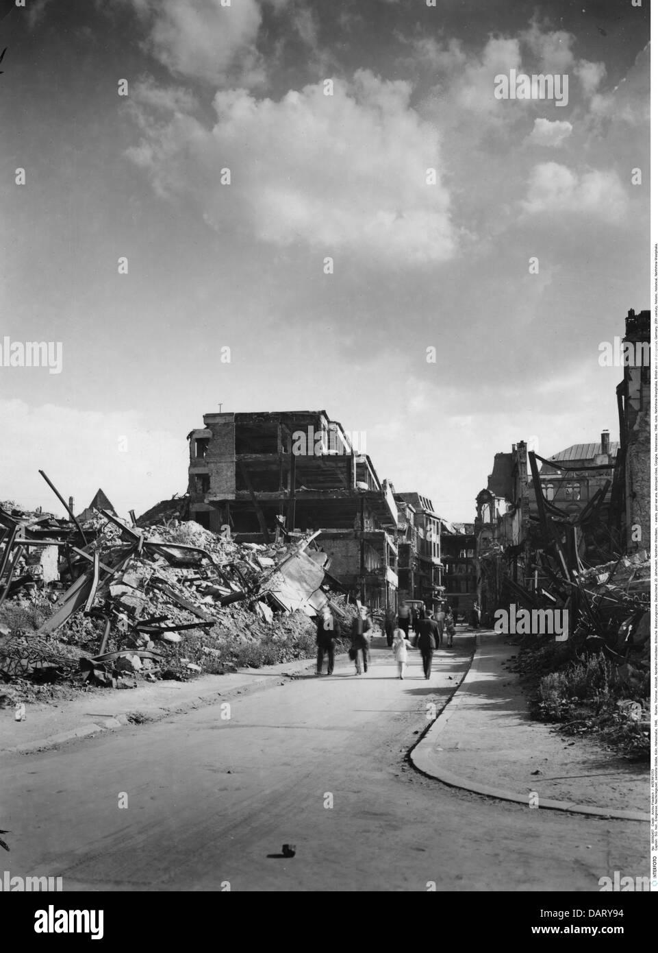 events, post war era, destroyed cities, Cologne, Hohestrasse, 1946, ruins, Northrhine-Westphalia, British zone of - Stock Image