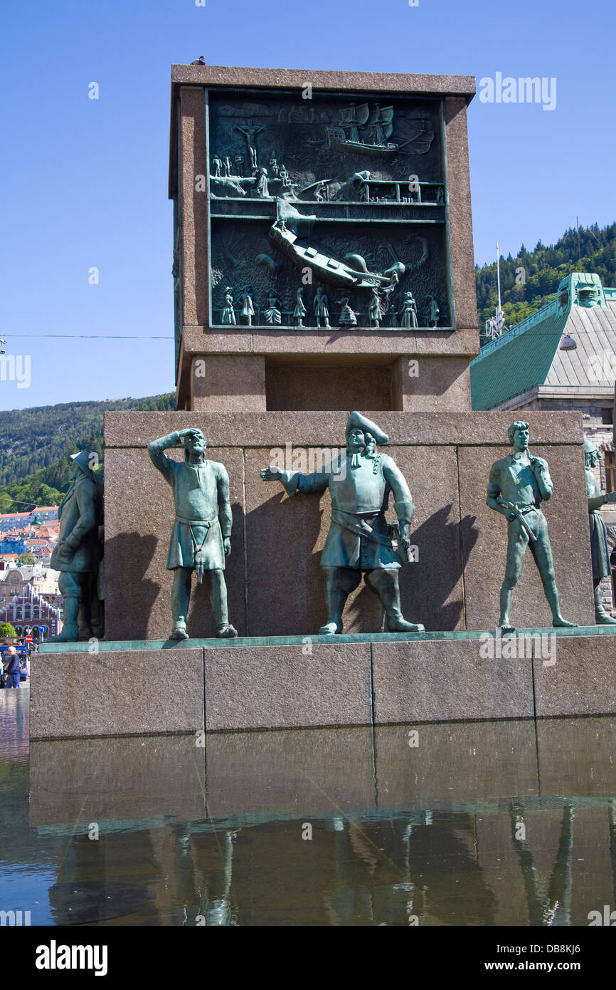 Bergen Norway Europe Sailors Monument on busy pedestrianised Torgallmenningen tribute to Norwegians seafaring past - Stock Image