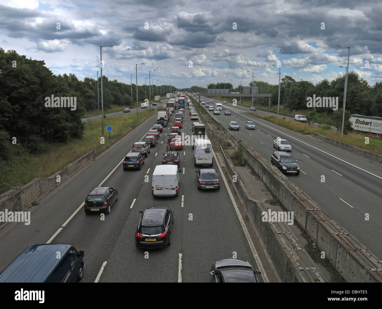 Thelwall,congestion,driver,car,drivers,frustration,AA,RAC,british,UK,GB,English,south,bound,traffic,problems,toll,motorway,motorways,road,roads,topgear,70mph,speed,limit,speedlimit,managed,queue,longer,trip,times,vehicular,queueing,snarl-up,snarl,up,volume,increased,green,issues,eco,friendly,Gotonysmith,eco-friendly,fossil,fuels,petrol,gas,gasoline,diesel,guzzing,high,mpg,chelsea,tractors,Cheshire,Warrington,Midlands,English,England,GB,Great,Britain,most,congested,DOt,Department,for,Transport,DVLA,public,transport,UK,road,pricing,roadpricing,road-pricing,Buy Pictures of,Buy Images Of