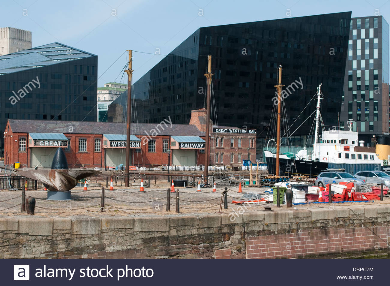 Modern and old buildings, Cunning Dock, Liverpool, UK - Stock Image