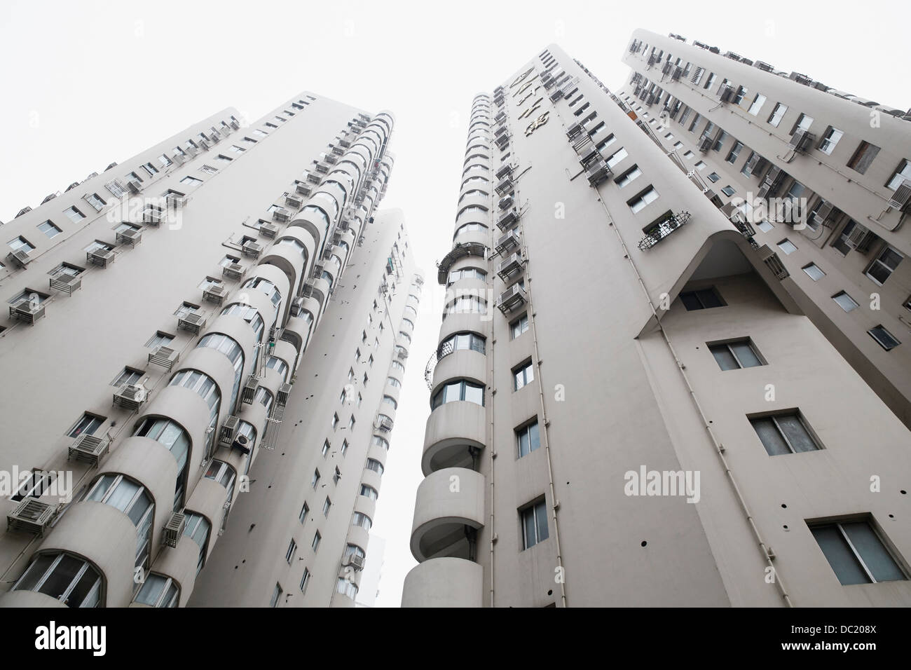 Low angle view of skyscraper, Shanghai, China - Stock Image