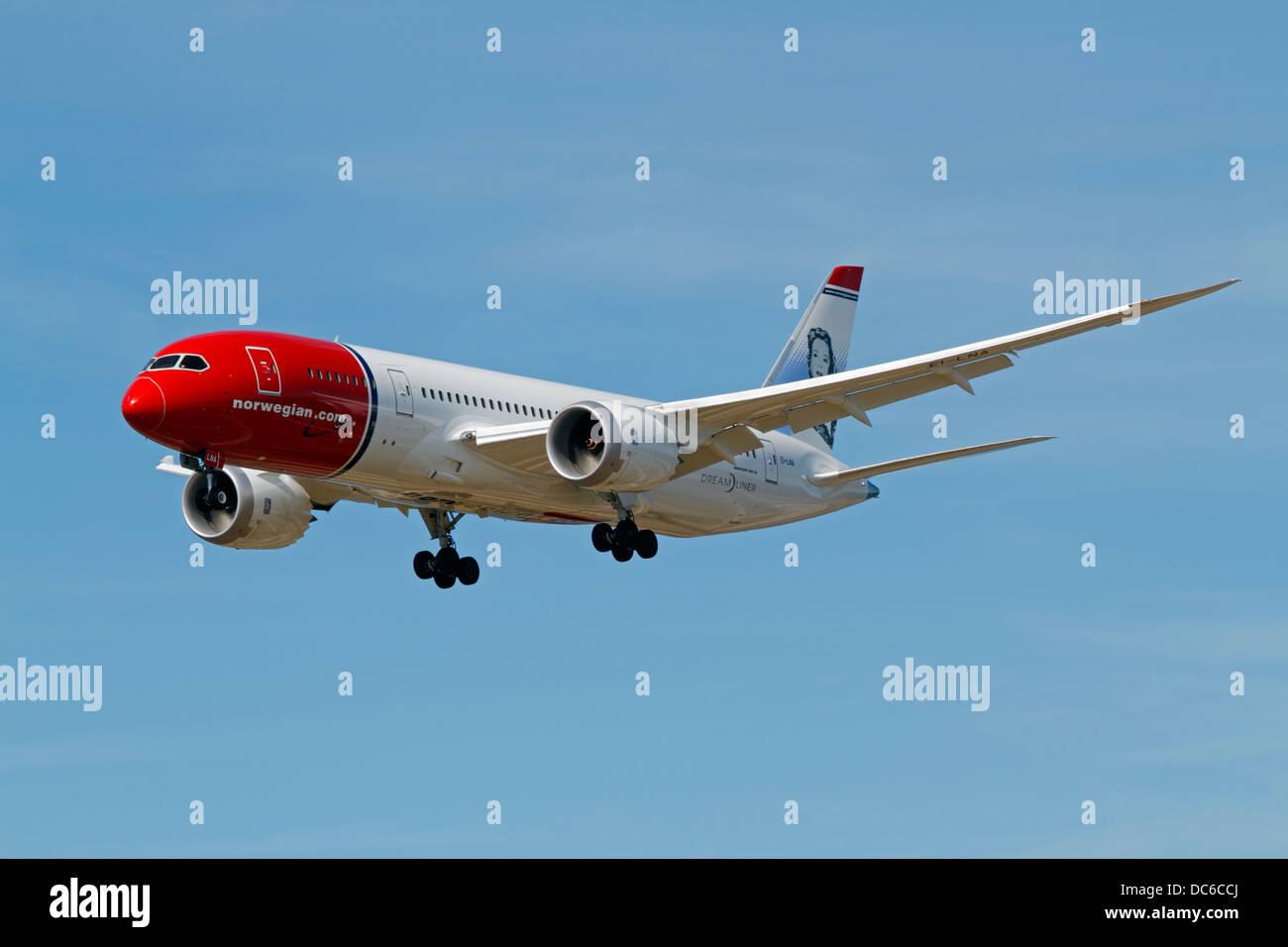 b788-boeing-787-8-dreamliner-ei-lna-norw