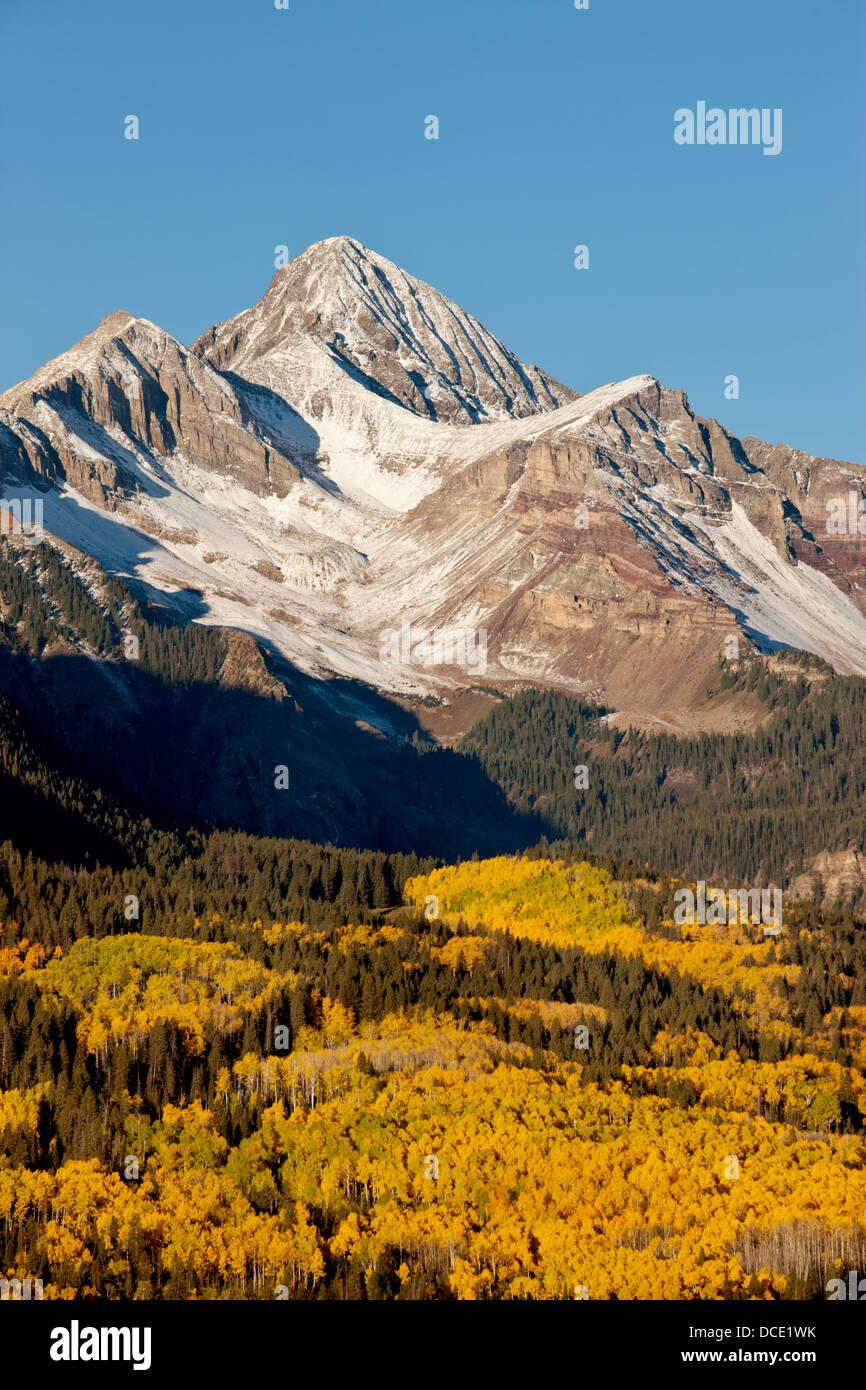 USA, Colorado, San Juan Mountains. Landscape of Wilson Peak on an autumn morning. - Stock Image