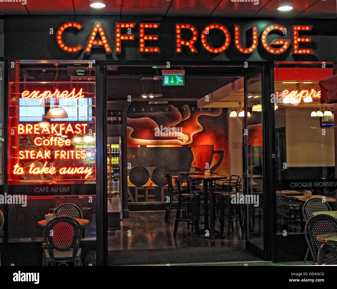 GoTonySmith,@HotpixUK,Tony,Smith,UK,GB,Great,Britain,United,Kingdom,English,British,England,problem,with,problem with,issue with,Buy Pictures of,Buy Images Of,Images of,Stock Images,Tony Smith,United Kingdom,Great Britain,British Isles,French-styled restaurant,eating,eatery,Euston railway station,fast service,reduced menu range,Café Rouge Express,Café Rouge,sign,Cafe Rouge Sign,high st,High Street,restaurants,restaurant,CafeRouge