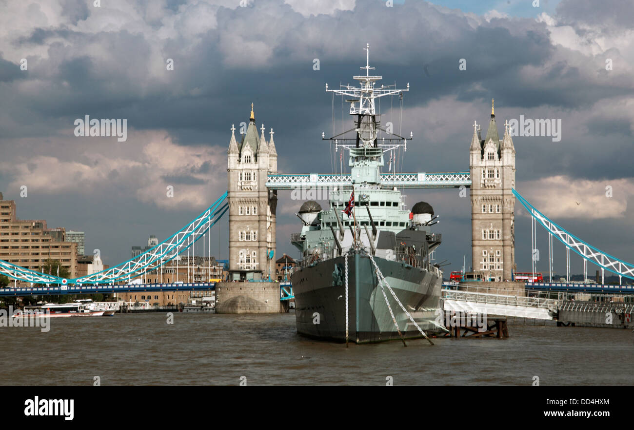 Towerbridge,dramatic,cloud,clouds,summer,2013,2012,war,warship,historic,classic,crossing,of,the,Thames,GB,Great,Britain,UK,United,Kingdom,high,tide,England,capital,city,Gotonysmith,Buy Pictures of,Buy Images Of