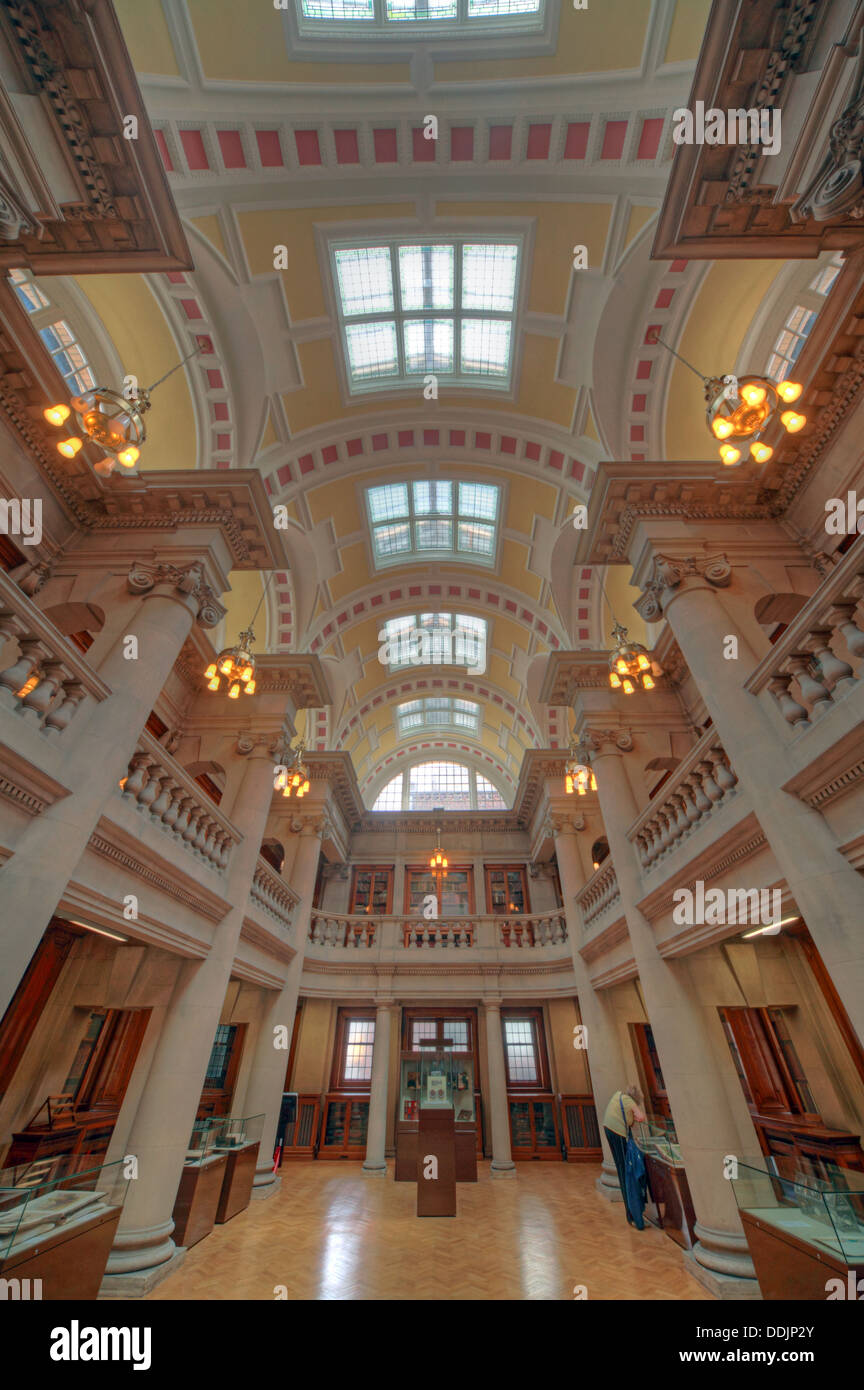 historic,history,book,books,Merseyside,listed,building,buildings,reading,room,grade,II,grade2,gradeII,William,Brown,Street,Cornelius,Sherlock,interior,inside,shelves,shelf,light,lighting,ceiling,dome,G,great,Britain,Architecture,design,round,hall,city,centre,tall,high,gotonysmith,Hugh,Frederick,British,England,English,librarian,librarians,L3,8EW,L38EW,Buy Pictures of,Buy Images Of