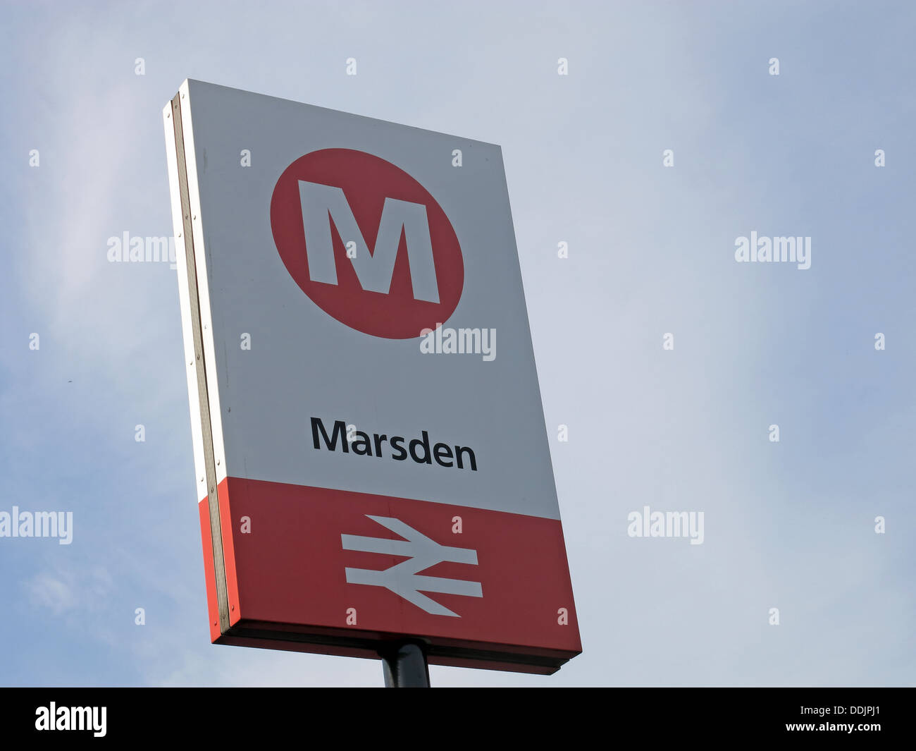 line,from,Stalybridge,to,Huddersfield,red,white,rail,road,ale,trail,aletrail,aletrain,stop,summer,drinker,drinkers,Metro,Yorks,Yorkshire,large,village,within,the,Metropolitan,Borough,of,Kirklees,district,river,Colne,Wessenden,Brook,west,Pennines,into,Greater,Manchester,station,transport,BR,gotonysmith,Butterley,Reservoir,with,its,distinctive,spillway,Mill,stop,British,Rail,BritishRail,Riverhead,brewery,tap,pub,bar,alehouse,micro,transpennine,transpenine,Buy Pictures of,Buy Images Of
