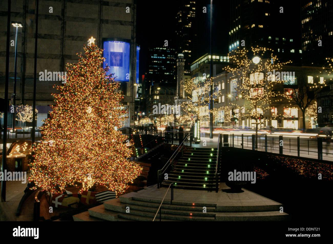 John Hancock Center, Christmas And Holiday Lights. Chicago. USA