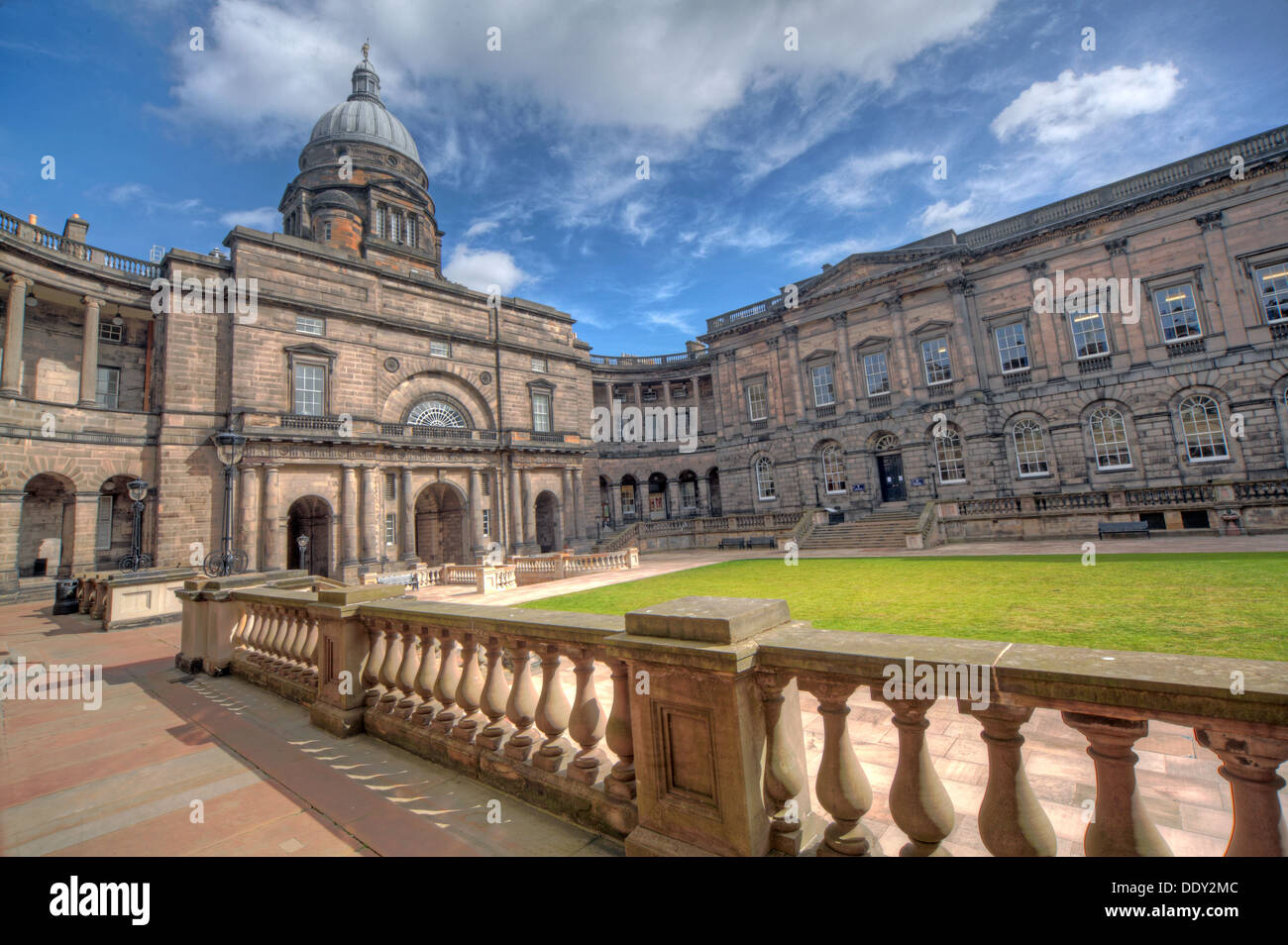 Scotland,UK,Scottish,uni,school,of,learning,building,architecture,Victorian,old,town,capital,city,cities,world,heritage,site,grade,II,grade2,listed,public,research,summer,2013,grass,Old,College,South,Bridge,Edinburgh,Midlothian,EH8,9YL,EH89YL,wide,view,shot,lens,tourist,tourism,attraction,dome,gotonysmith,oldtown,Edinburg,icon,iconic,Scots,Scotish,Scottish,Scotland,problem,with,Uni,stone,history,historic,tourist,tourism,tour,travel,study,student,Buy Pictures of,Buy Images Of,problem with,Edinburgh University,Edinburgh Uni