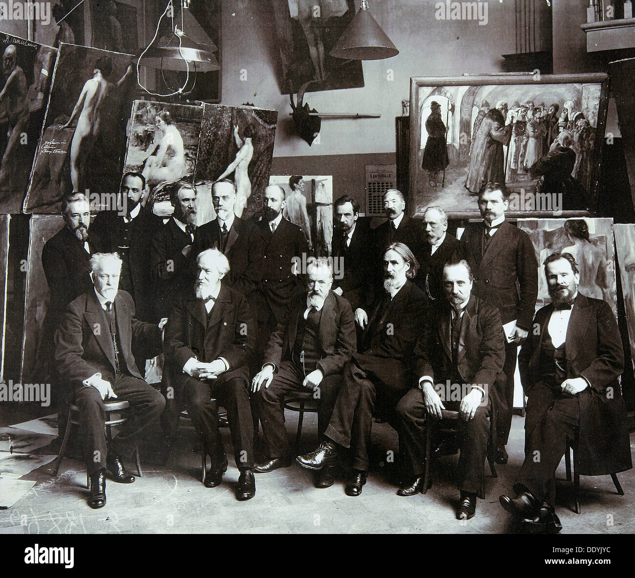 Professors of the Russian Academy of Arts, 1913. - Stock Image