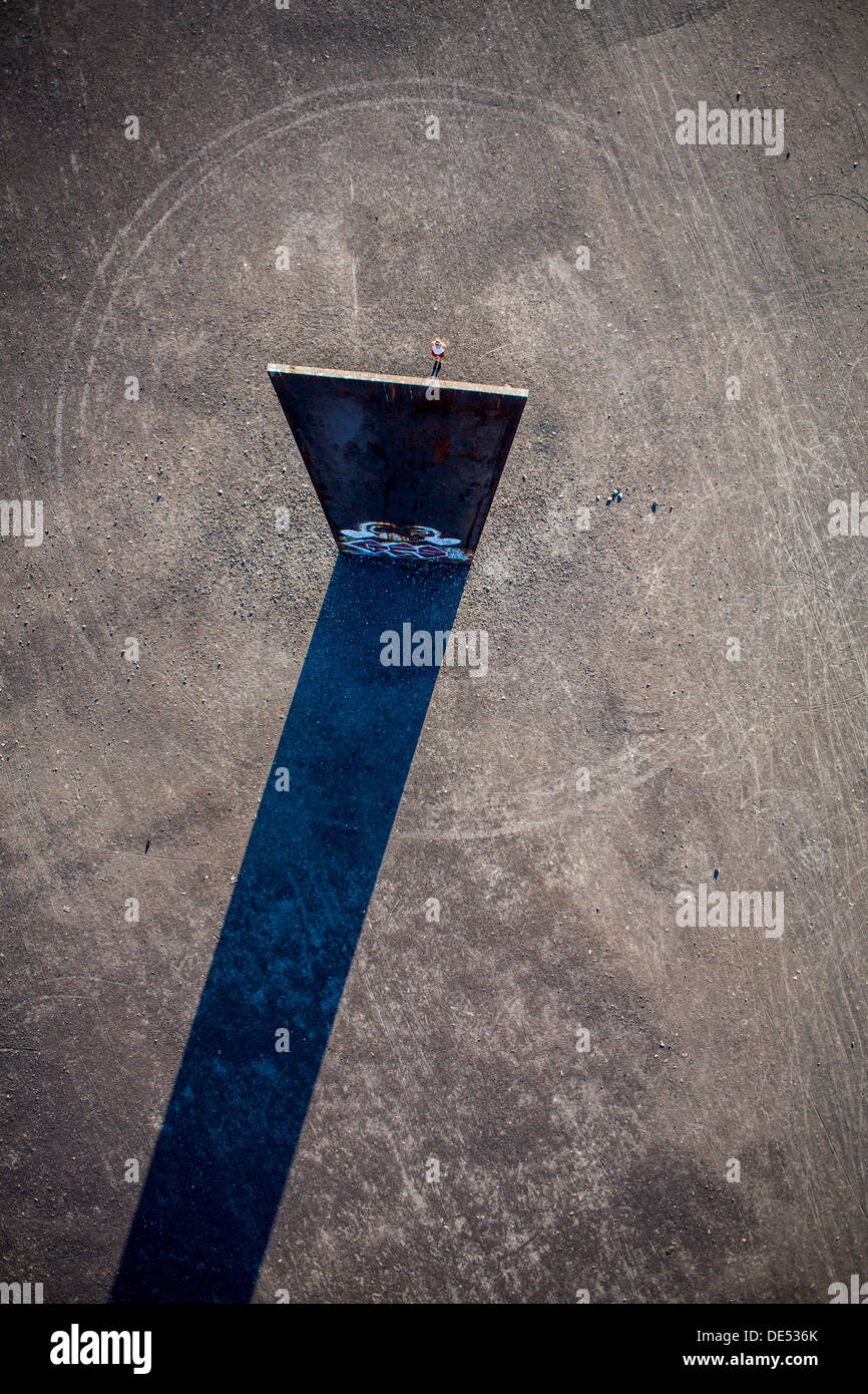 20 Meters High : Steel slab stock photos images alamy