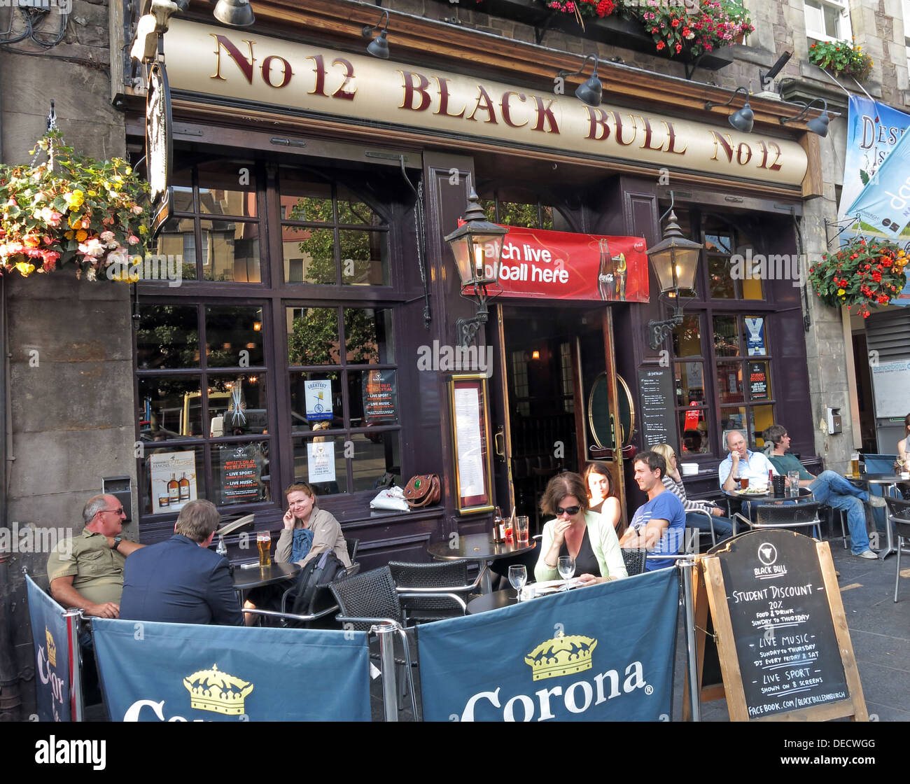No 12,Black Bull,12 Grassmarket,Old Town,Edinburgh,EH1 2JU,Scotland,UK,12,Black,Bull,old,town,drinkers,customers,with,on street drinking,on,street,drinking,tourist,tourism,EH12JU,pub,bar,GoTonySmith,oldtown,Buy Pictures of,Buy Images Of