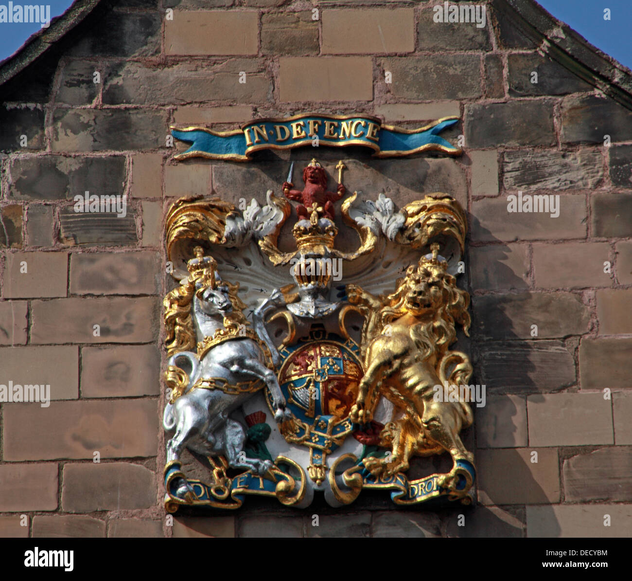 EH8,8BN,EH88BN,exterior,wall,outside,historic,tourist,travel,building,architecture,kirkyard,churchyard,yard,Canon,gate,of,old,town,oldtown,parish,castle,cots,Scottish,scotch,burgh,city,Dutch-style,end,gable,worship,services,Sunday,anglican,religion,religion,Christianity,royal,IN,DEFENCE,crest,stone,gotonysmith,Palace,of,Holyroodhouse,Holyrood,capital,Dutch,style,small,doric-columned,portico,over,the,entrance,doric,column,columned,Regiment,of,the,British,Army,chapel,coat,of,arms,oldtown,Buy Pictures of,Buy Images Of