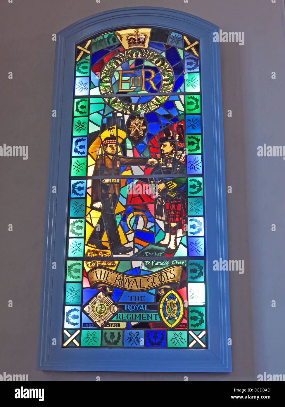 soldiers,soldier,stained,glass,memorial,1985-1991,blue,Scottish,Edinburgh,Scotland,UK,The,last,to,forsake,thee,Royal,Regiment,Royal Scots,Royal Scots Regiment,Stained Glass,memorial window,Kirk of Holyrood House,Holyrood House,Regimental Kirk,The first to follow,,,,GoTonySmith,@HotpixUK,church,chapel,Buy Pictures of,Buy Images Of,Images of,Stock Images,Royal Regiment window,Canongate Kirk