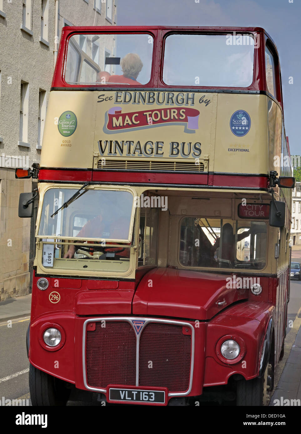 street,High,st,Edinburgh,Scotland,UK,red,omnibus,VLT,163,153,VLT163,VLT153,mactours,tours,mac,tourist,trip,trips,from,the,front,engine,Lothian,gotonysmith,Since,2007,Mac,Tours,has,operated,Forth,Tours,departues,from,Waverley,Bridge,various,tours,and,cruises,of,the,Firth,of,Forth,The,bus,used,is,a,dedicated,Plaxton,President,bodied,Dennis,Trident,painted,in,a,special,yellow,blue,and,green,Forth,Tours,livery,XIL,1484,Edinburg,Buy Pictures of,Buy Images Of
